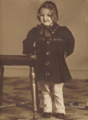 00144 - Mor´s kusine Evelyn datter af faster Eva og onkel Harry