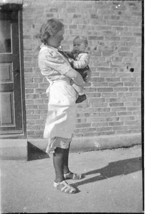 1941 Erna Jorgensen & Nora