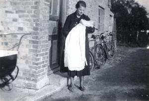 1943 Ane Skov Jensen & Ulla