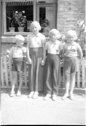 Grethe Marie Wedel Christensen.Rosa Marie Wedel Christensen.Viola Marie Wedel Christensen.Egil Wedel Christensen.
